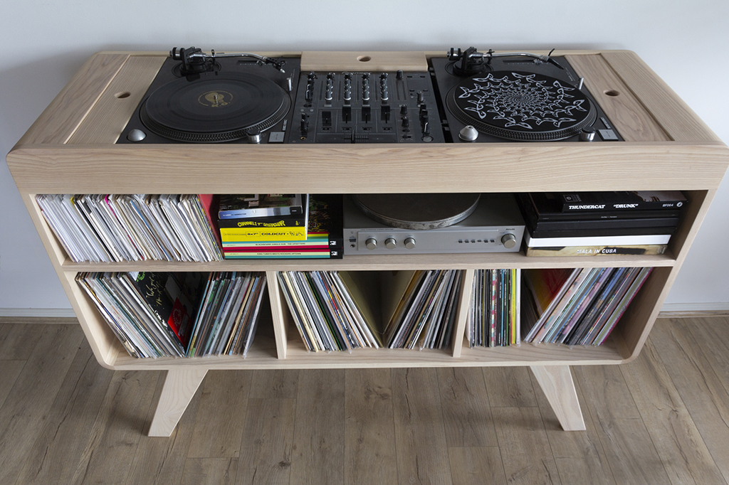 Timber Cabinet Sideboard for Turntables and DJ