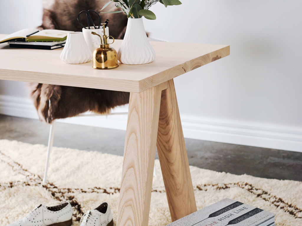 Kithe Ashton Desk homepage filler and product detail