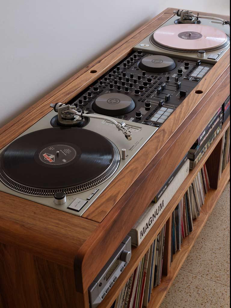 DJ-vinyl-decks-mixer-cabinet-melbourne