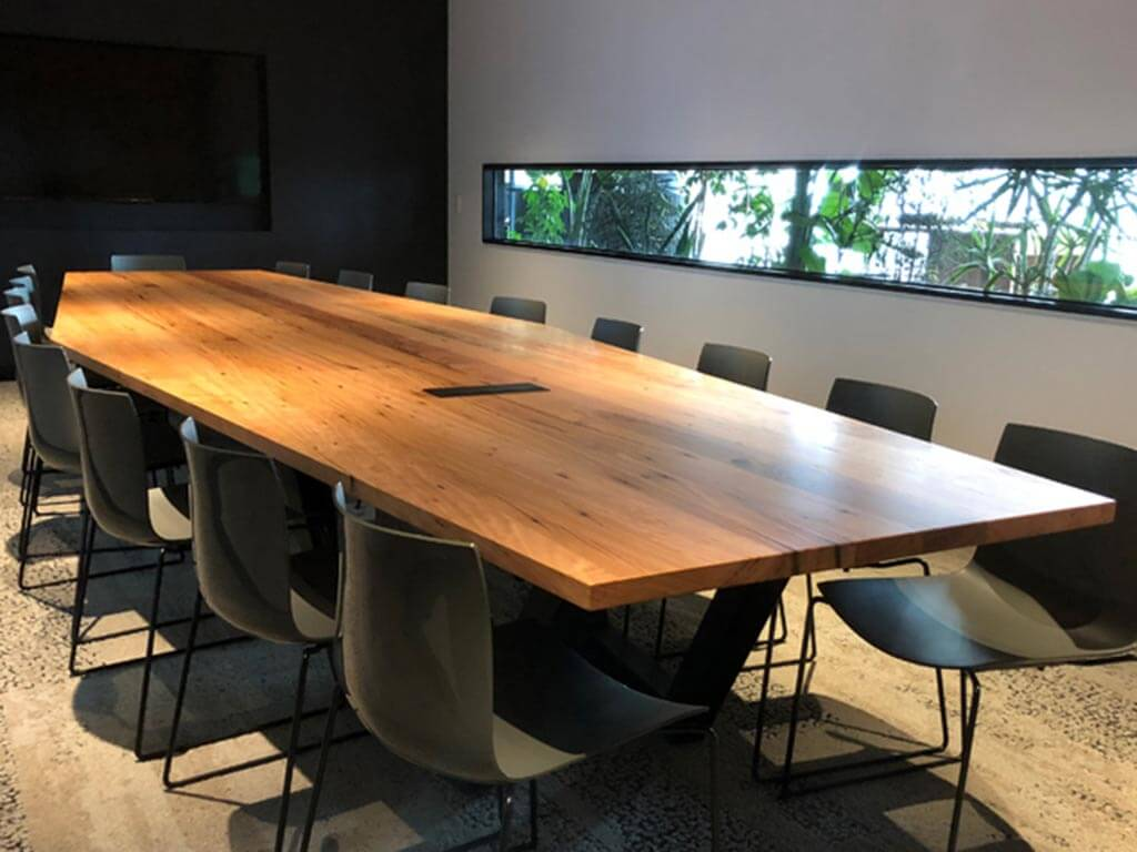 Kithe-Commercial-boardroom-table